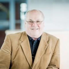 3. Rolf Macholdt